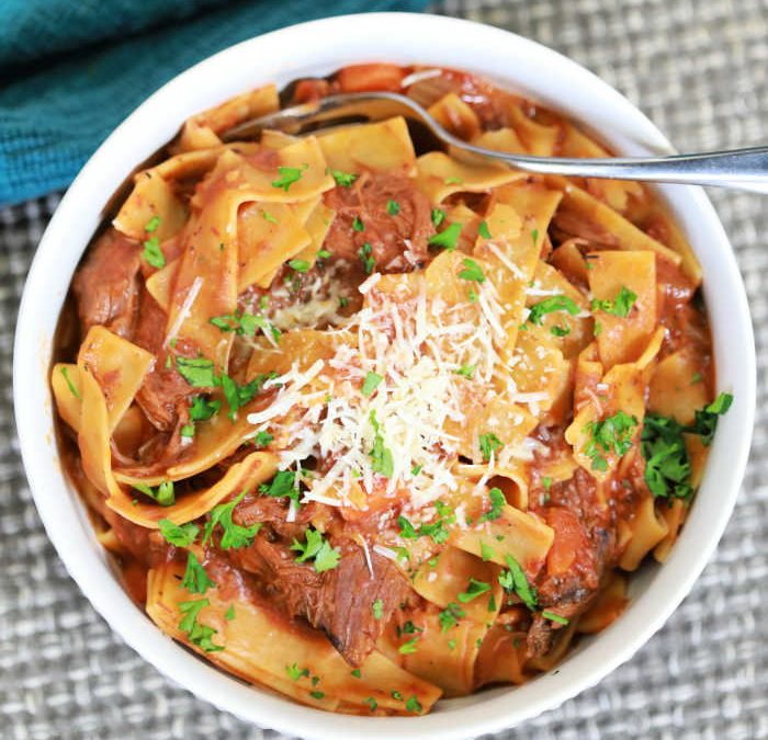 Instant pot Shredded Beef Ragu Pasta