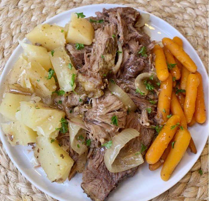 Crock Pot Garlic Roast Beef Dinner
