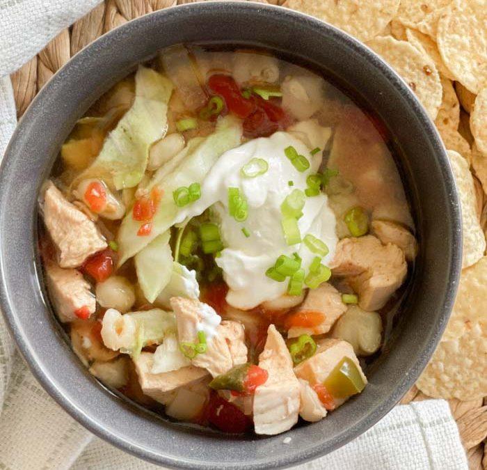 Instant Pot Chicken Pozole Sopa